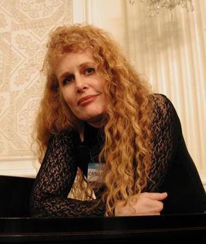 Carole Bugge